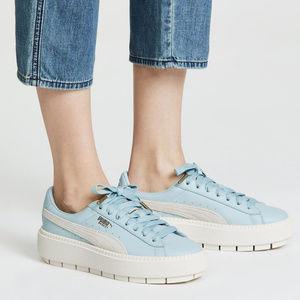 LAST ONE‼️ PUMA Leather Platform Sneakers